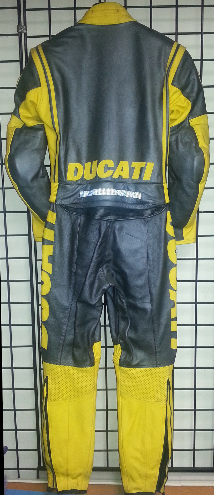 Ducati Dainese Luce Lady 2 piece leather motorcycle yellow & silver suit Rear view