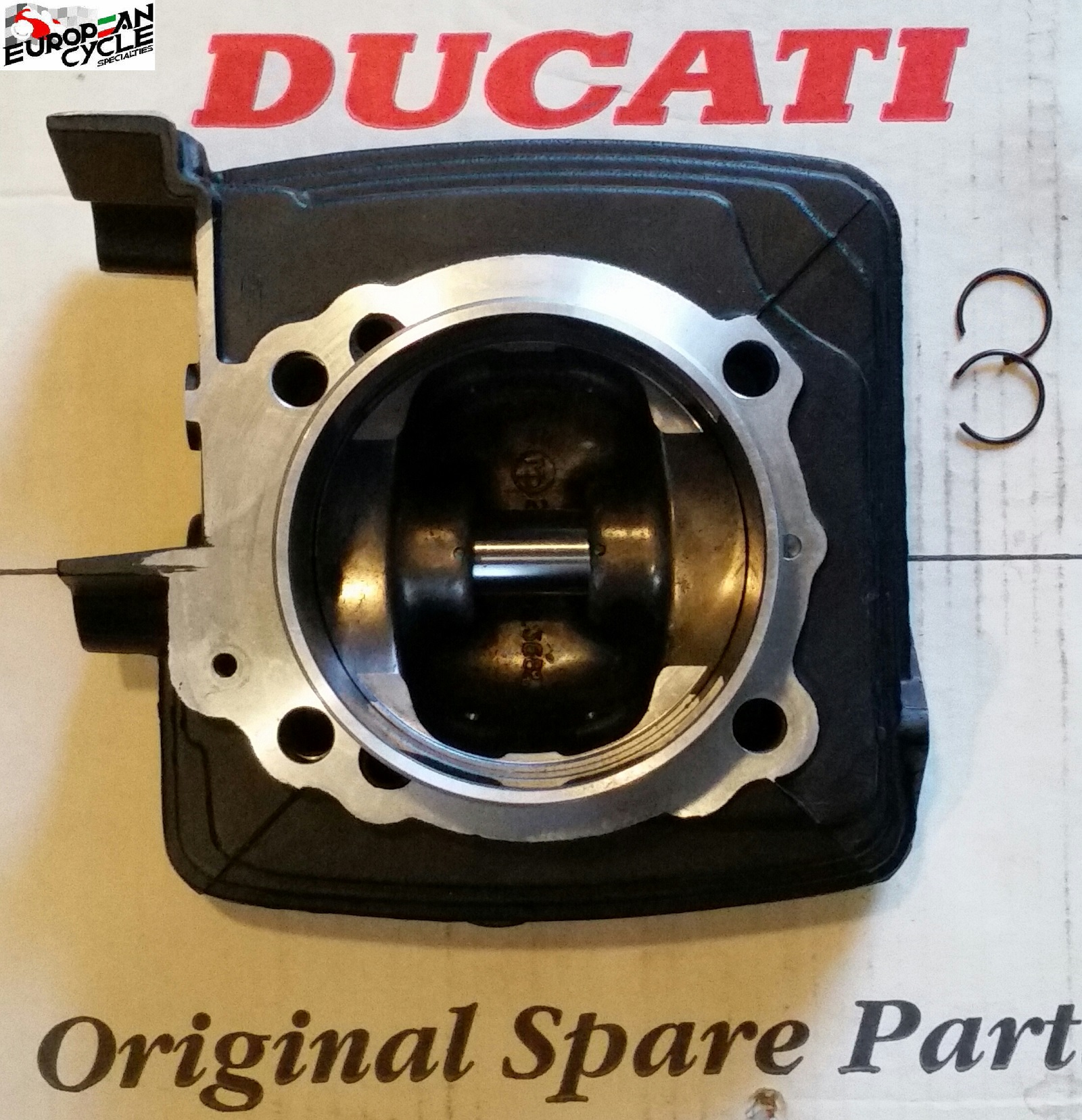 Ducati OEM 900 Vertical Cylinder & Piston Assembly 12020141B 93mm