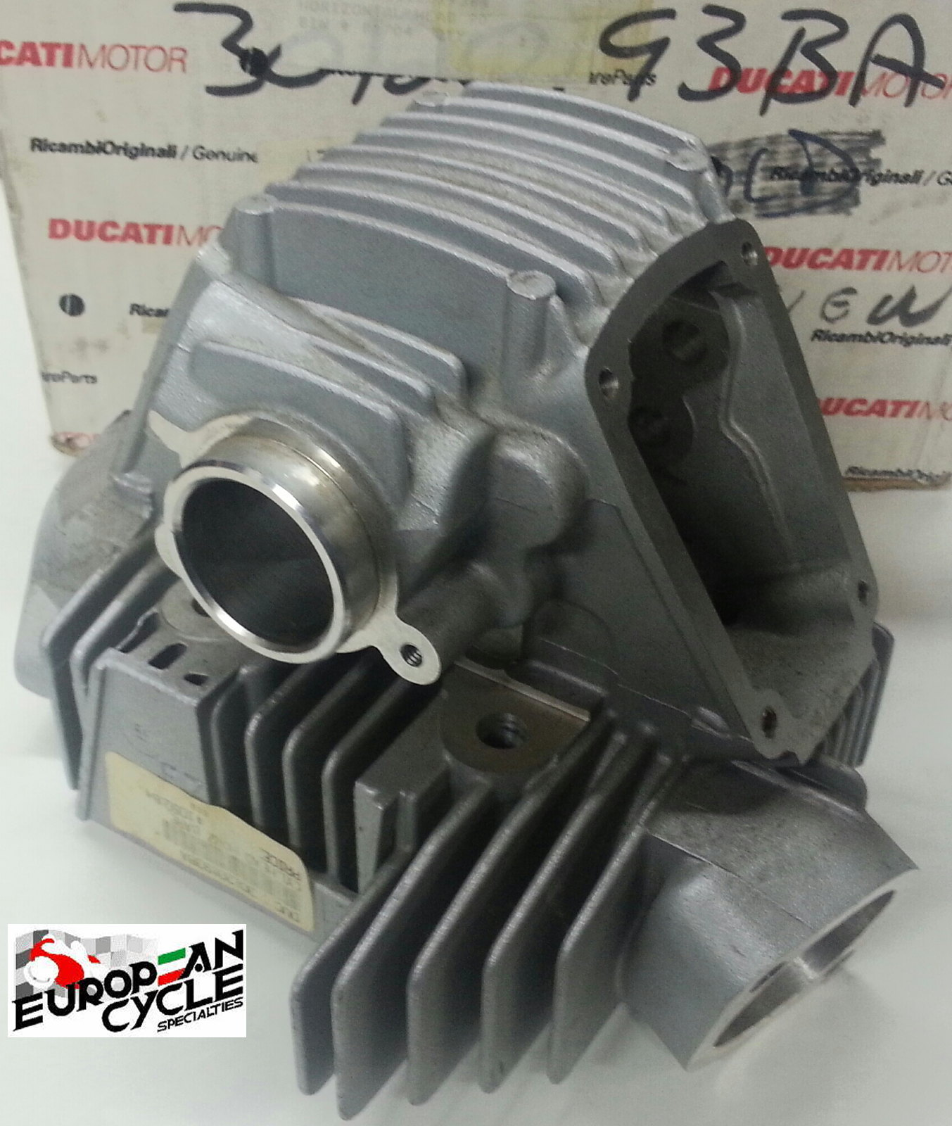 Ducati 900 Air cooled cylinder head  900SS M900